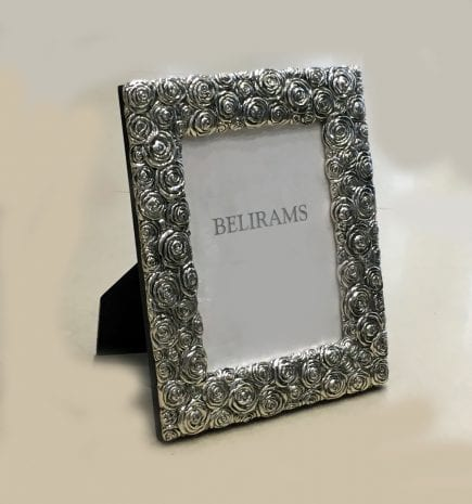 Artistic Silver Photo Frame – 5×7 Inch photo size