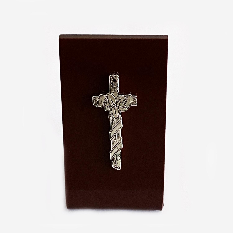 Silver Cross Tabletop Souvenir   3.75 Inch