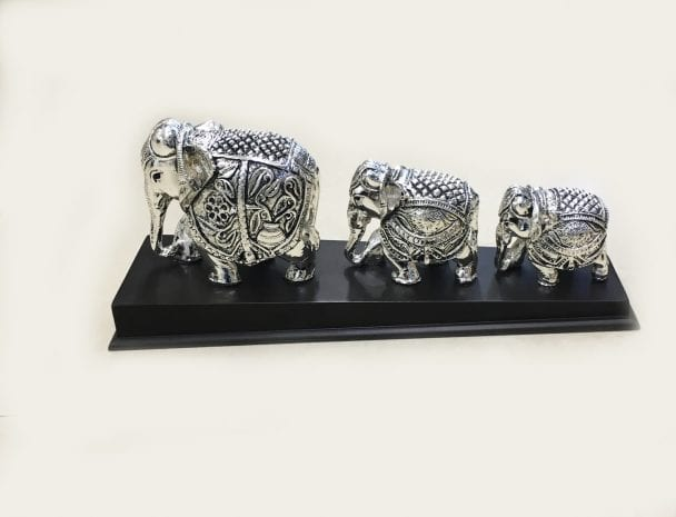 Silver Elephant statue set of three 13″ Long – Resin Silver