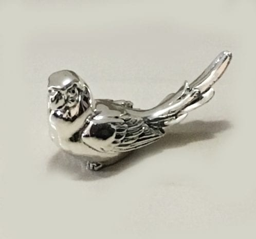 Buy Silver Parrot Gift in a sitting pose – 5.7″ Long – Resin Silver