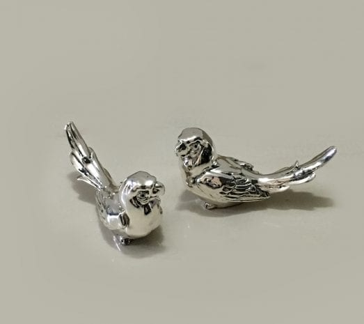 Pair of Silver Parrot Statue in a sitting pose – 5.7″ Long each – Resin Silver