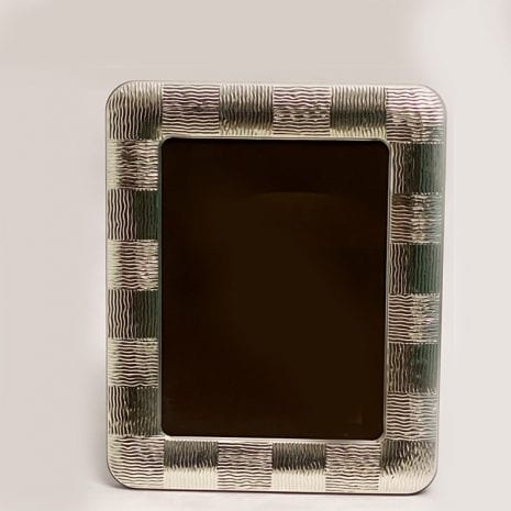 Lines Silver Photo Frame online   18×24 cm photo size